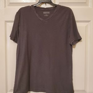 Kenneth Cole T shirt